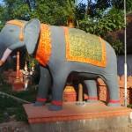 éléphant gardien temple