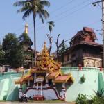 pagode sur la colline