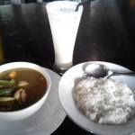 repas deluxe... poulet curry et milkshake