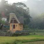 chapelle au coucher de soleil