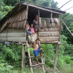 maison familiale en pleine jungle