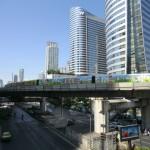Bangkok high-tech avec son skytrain