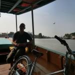 en bateau stop pour 10 baht