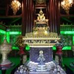 réplique du Bouddha de jade à Bangkok