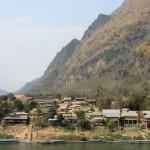 village de Nong Khiaw...