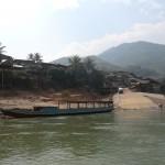 arrivée à Mouang Khoua