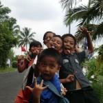 enfants sortant de l'école