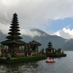 Temple sur le Danau Bratan